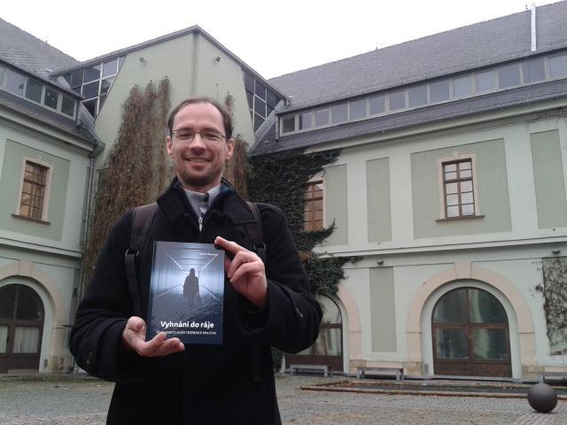 Martin Škabraha: Vyhnání do ráje